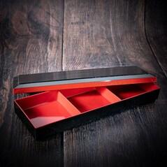 Shokado Bento Box Neagra, Interior Rosu, 3 Compartimente Fixe, 353 x 118mm